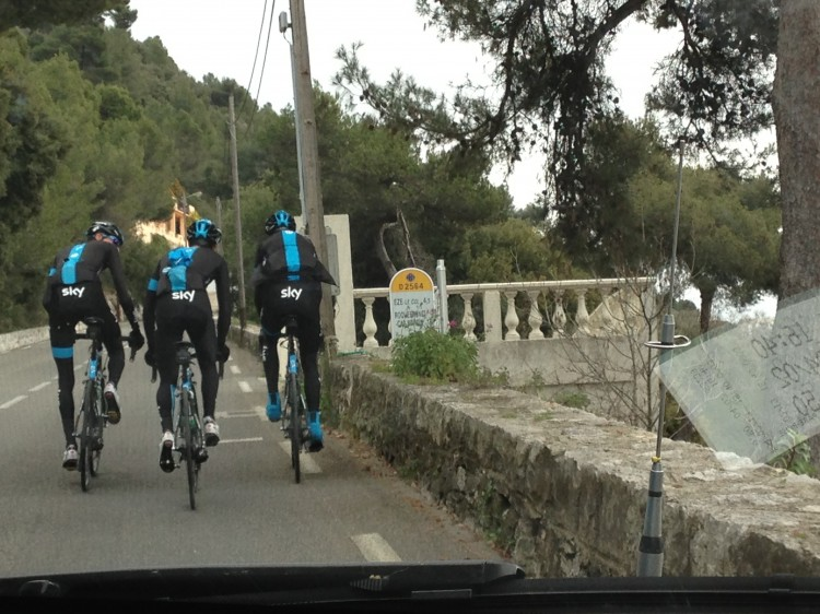 Froome, Porte and Dombrowski training on Col d'Eze